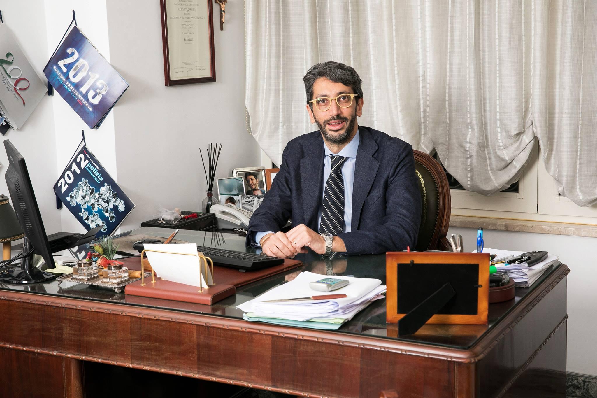 Avvocato tributarista napoli Enrico lucci